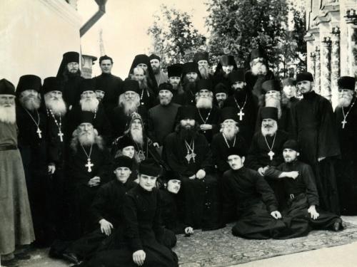 Архивные фотографии по открытию Свято-Троицкой Сергиевой Лавры. Документальный слайд-фильм