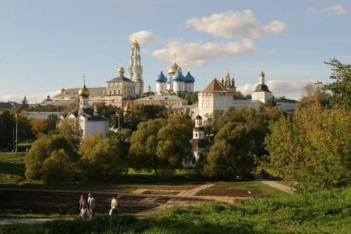 Возвращение Лавре монастырских зданий