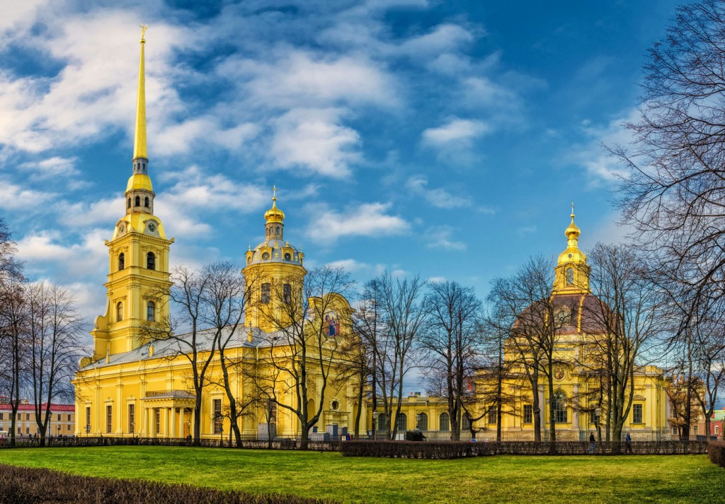 petropavlovskij-sobor-sankt-peterburg.jpg
