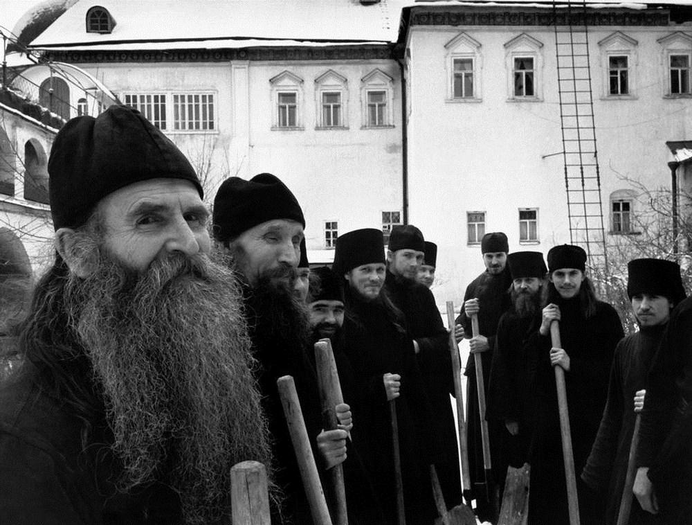 Братия Лавры, 1958.jpg