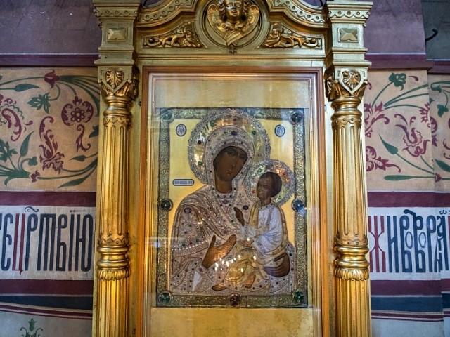 «Просветила еси Российскую страну»: в Лавре почтили  Тихвинский образ Божией Матери