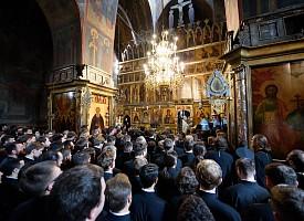 Архиепископ Феодор (Поздеевский). Что мы обретаем у его гробницы