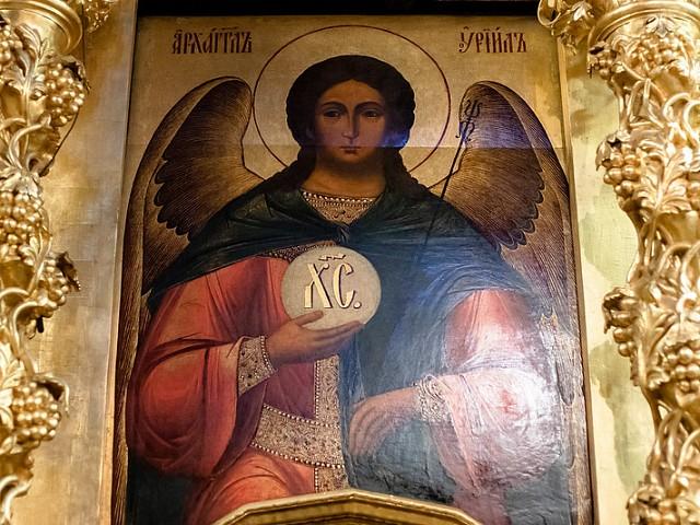 «Да возвеселимся со ангелы днесь, человецы, духовне в радости»: в Лавре прошли богослужения в честь Собора Архистратига Михаила
