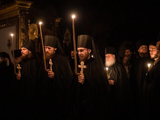 Епископ Сергиево-Посадский и Дмитровский Фома совершил монашеский постриг трех иноков Лавры