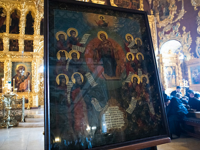 В Лавре совершили богослужения Субботы Акафиста