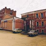 Перестроенная церковь Рождества Христова в бывшей Верхней Служней слободе. Фото 1999 г.
