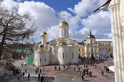 По Троице-Сергиевой Лавре и Сергиево-Посадскому музею-заповеднику пройдет очередная экскурсия выходного дня