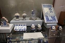 В Сергиево-Посадском музее-заповеднике состоялось открытие выставки уникальных изразцов ХV–ХХI веков