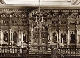 Храм в чертогах