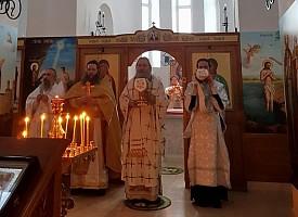 Архиепископ Феогност совершил Литургию на подворье Троице-Сергиевой Лавры в скиту Покрова на Колпи Владимирской области