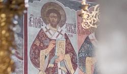 Обитель преподобного Сергия молитвенно почтила перенесение мощей святителя Иоанна Златоуста