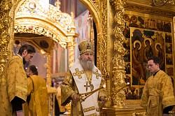 Архиепископ Феогност совершил Литургию в Лавре преподобного Сергия в день памяти Собора святых новомучеников и исповедников Российских