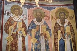 Владыка  наместник  совершил Литургию в Троице-Сергиевой лавре в день памяти трёх великих святителей