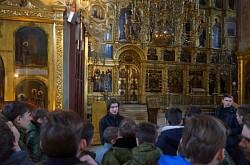 Курсанты Центра «Пересвет» знакомились с устройством храма на примере лаврских соборов