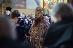 Наместник Троице-Сергиевой лавры совершил первую Литургию Преждеосвященных Даров