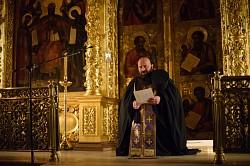 Наместник Лавры совершил службы четверга первой великопостной седмицы в Успенском соборе
