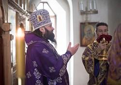 Епископ Парамон совершил Литургию в Спасо-Вифанском монастыре