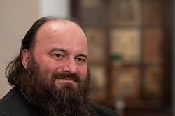 Епископ Сергиево-Посадский Парамон. О монашеском пути, любви и будущем Лавры