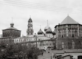 Дом культуры в здании лаврской трапезной