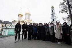 Студенты Ярославской духовной семинарии посетили Свято-Троицкую Сергиеву Лавру