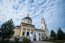 Епископ Парамон совершил Божественную литургию в Неделю апостола Фомы в Радонеже