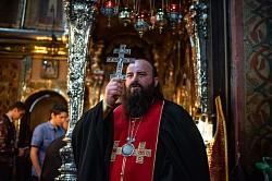 Духовенство Северного викариатства вместе со своими семьями молилось в Троицком соборе Лавры