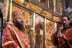 Епископ Сергиево-Посадский Парамон совершил Литургию в день памяти евангелиста Иоанна Богослова