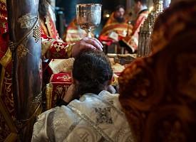 В Неделю о самаряныне епископ Сергиево-Посадский Парамон совершил диаконскую хиротонию