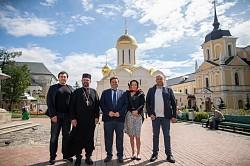 Итальянский пилигрим в сердце России: Стефано Валдегамбери посетил Свято-Троицкую Сергиеву Лавру