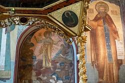 На воскресных богослужениях Лавра молитвенно почтила память святых Космы и Дамиана