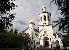 Наместник Троице-Сергиевой Лавры совершил великое освящение храма Димитрия Донского на подворье монастыря в Одинцово