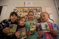 В Русском Дворце Интересов прошло занятие по созданию летних открыток