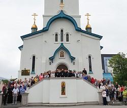 Наместник Лавры возглавил воскресную Литургию на острове Сахалин