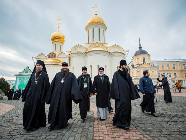 Делегация Архиепископии западноевропейских приходов русской традиции приехала в Троице-Сергиеву Лавру