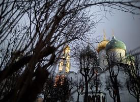 Память святого великомученика Димитрия Солунского почтили в Лавре богослужениями