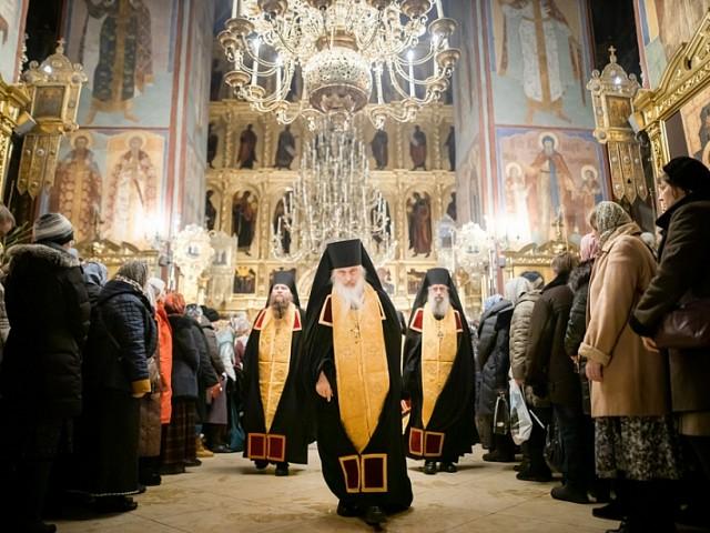 В Неделю перед Рождеством в Лавре почтили память святых отцов