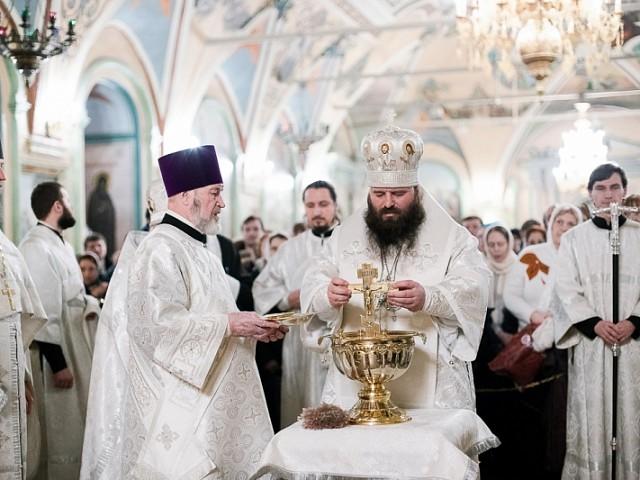 В праздник Крещения Господня епископ Парамон совершил торжественные богослужения с освящением воды