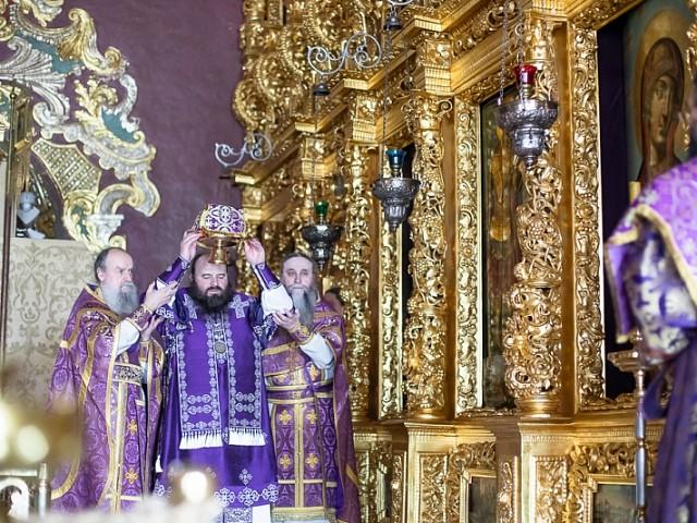 «Безстрастие небесное стяжала еси»: наместник Лавры совершил Литургию Преждеосвященных Даров в день памяти преподобной Марии Египетской