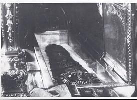 Вскрытие советскими властями мощей преподобного Сергия
