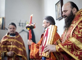 Наместник Лавры совершил Литургию в день отдания праздника Пасхи