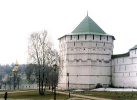 Пятницкая башня (1640)