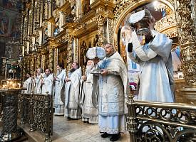 В Троице-Сергиевой Лавре молитвенно почтили память отцов Первого Вселенского собора