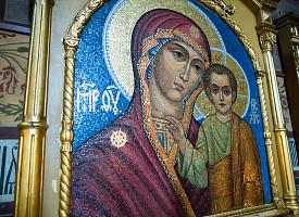 В Троицкой обители совершили богослужения в честь Казанской иконы Божией Матери