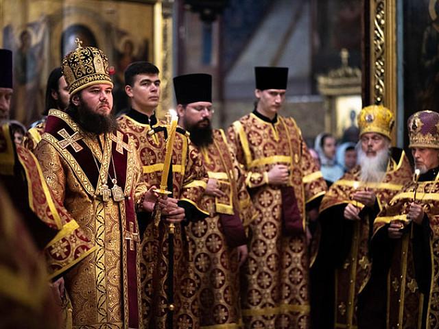 В Лавре прошли богослужения в память усекновения главы Предтечи и Крестителя Иоанна
