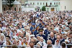 Более 50 тысяч паломников посетили Свято-Троицкую Сергиеву Лавру 17 июля