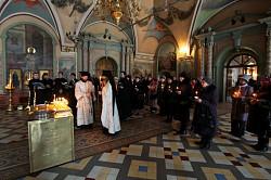 В Троице-Сергиевой Лавре отслужена панихида в день 15-летия со дня трагической гибели сергиевопосадских ОМОНовцев