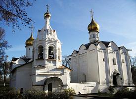 Архитектурное своеобразие Пятницкой церкви Лавры
