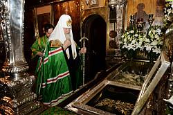 В канун дня памяти преподобного Сергия Радонежского Святейший Патриарх Кирилл совершил малую вечерню с акафистом Игумену земли Русской в Троице-Сергиевой лавре