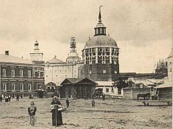 В Троице-Сергиевой Лавре проводятся работы по воссозданию исторического облика купола Пятницкой башни