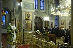 Архиепископ Феогност передал настоятельнице Алексеевского монастыря Патриаршее поздравление по случаю дня тезоименитства